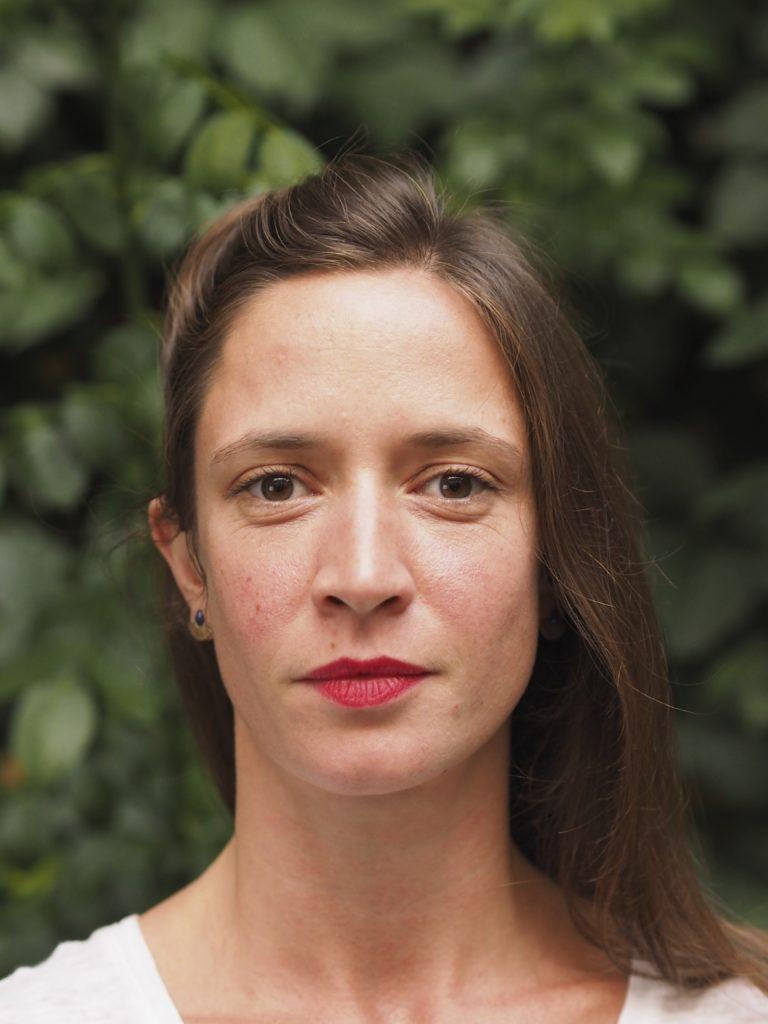 Vania Vaneau